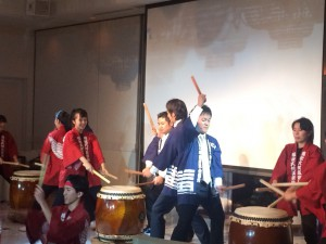 「日本福祉大学付属高等学校和太鼓部「楽鼓(らっこ)」 さんとの和太鼓演奏」